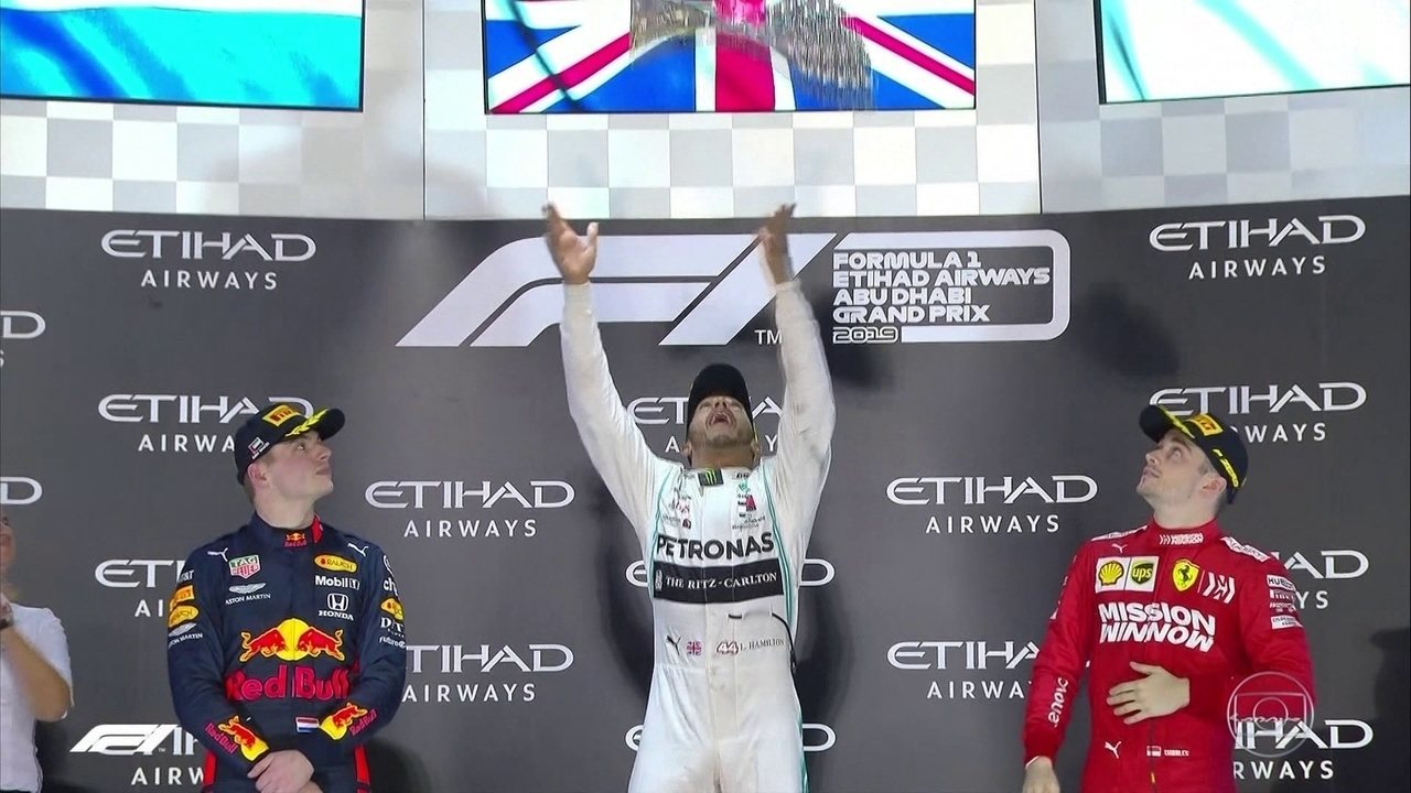 Temporada de Fórmula 1 chega ao fim com exibição primorosa do hexacampeão Lewis Hamilton