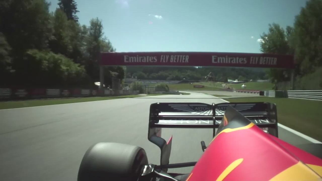Verstappen danificou carro em acidente no treino na Áustria