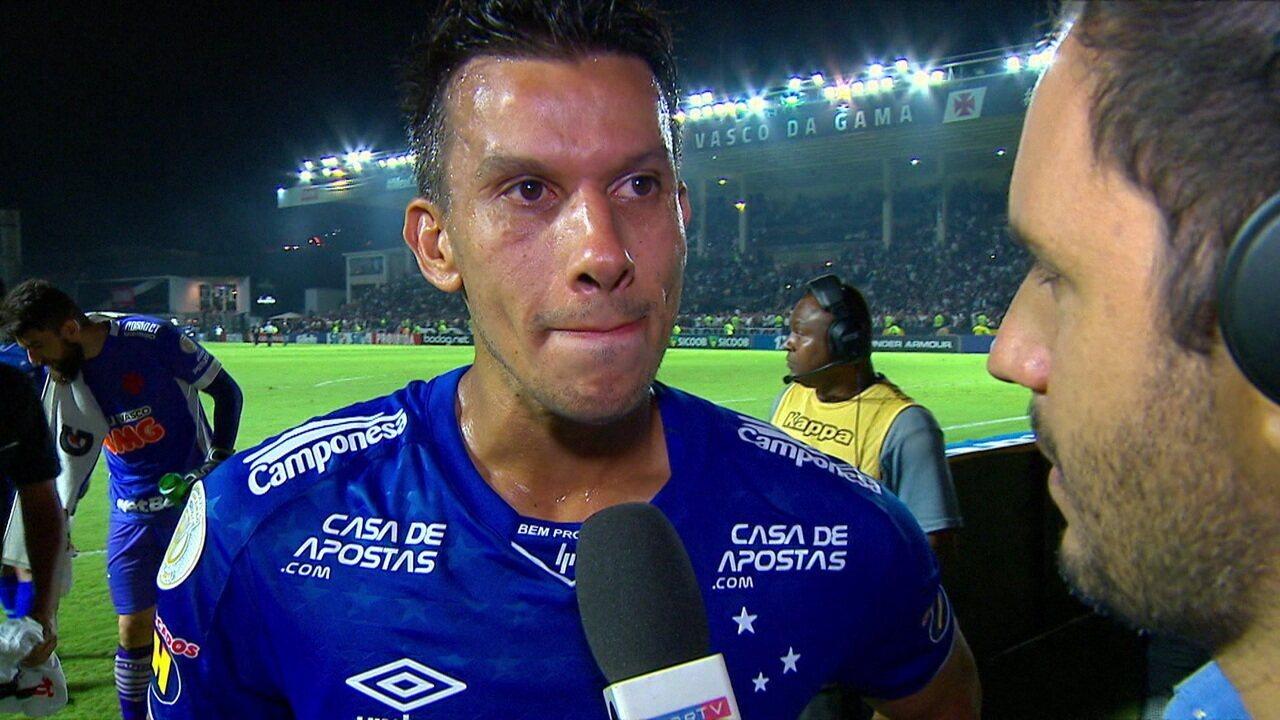 """Henrique após a derrota para o Vasco: """"Se tem possibilidade, nós vamos correr atrás"""""""
