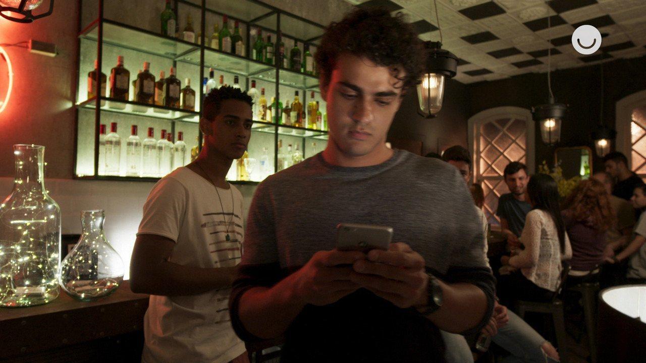 05/12 - Teaser 'Malhação - Toda Forma de Amar': Guga escreve sobre Max em suas redes