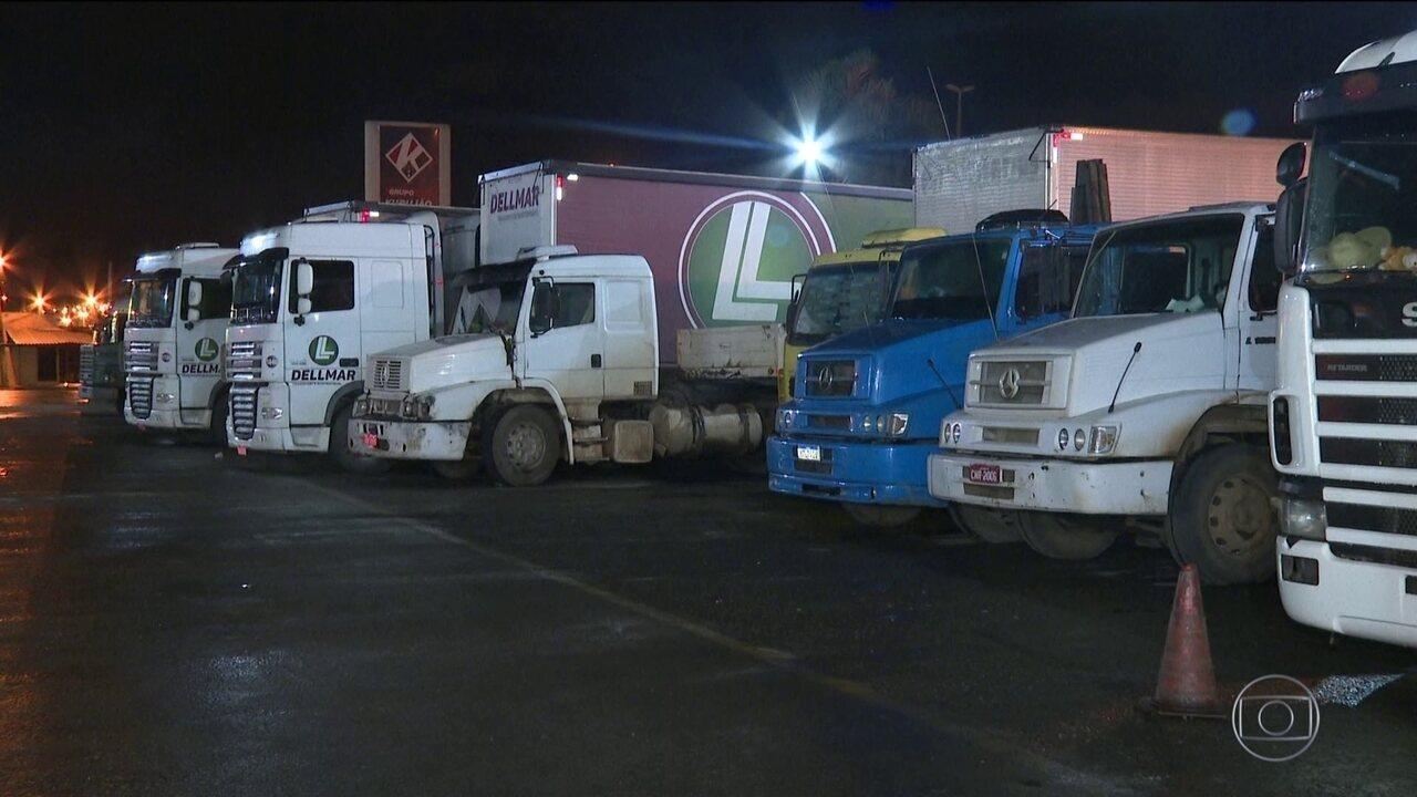Especialistas alertam para o risco da volta da venda de bebidas em pontos de caminhoneiros