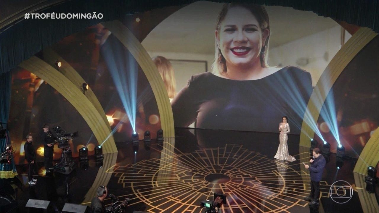 Marília Mendonça ganha o troféu de cantora do ano