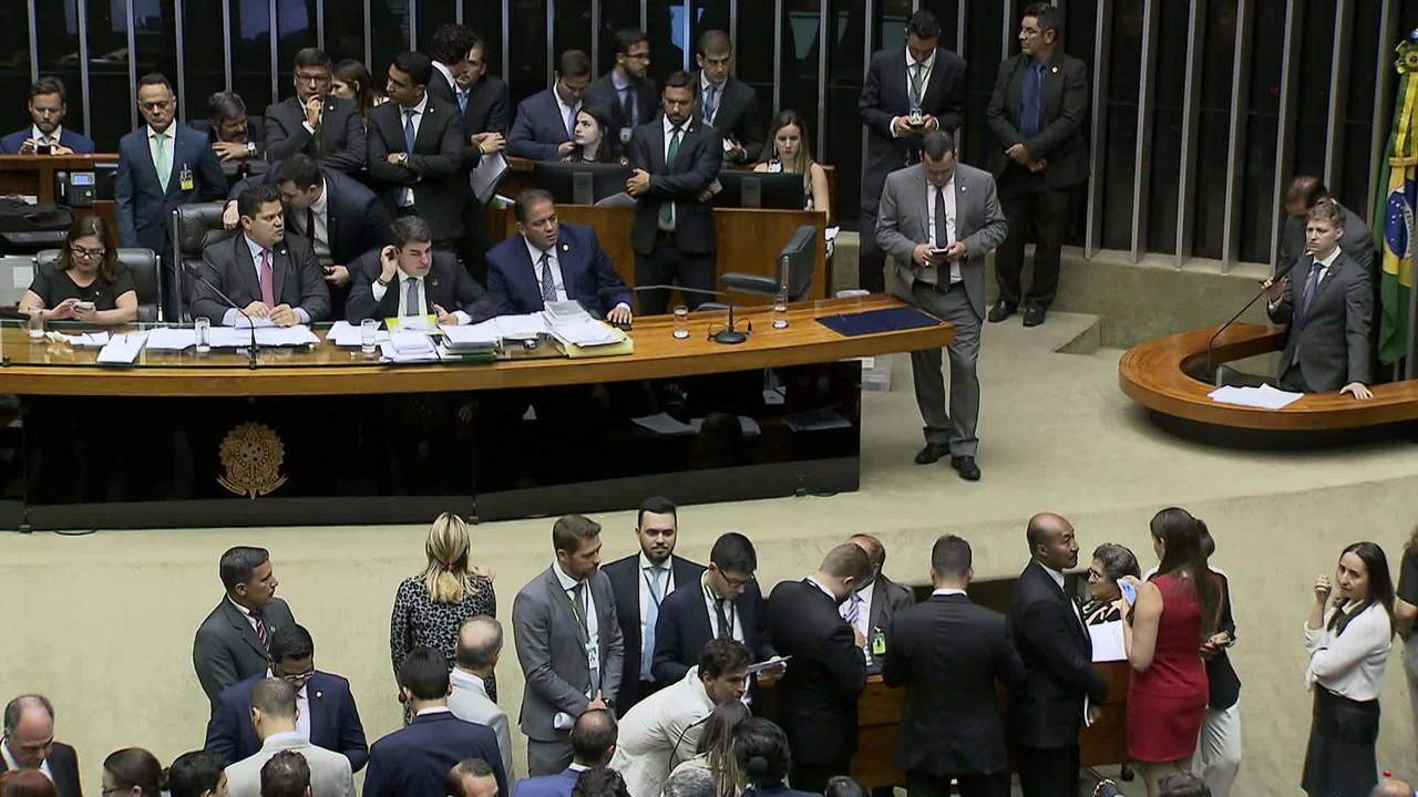 Congresso aprova o Orçamento da União de 2020 com fundo eleitoral de R$ 2 bilhões