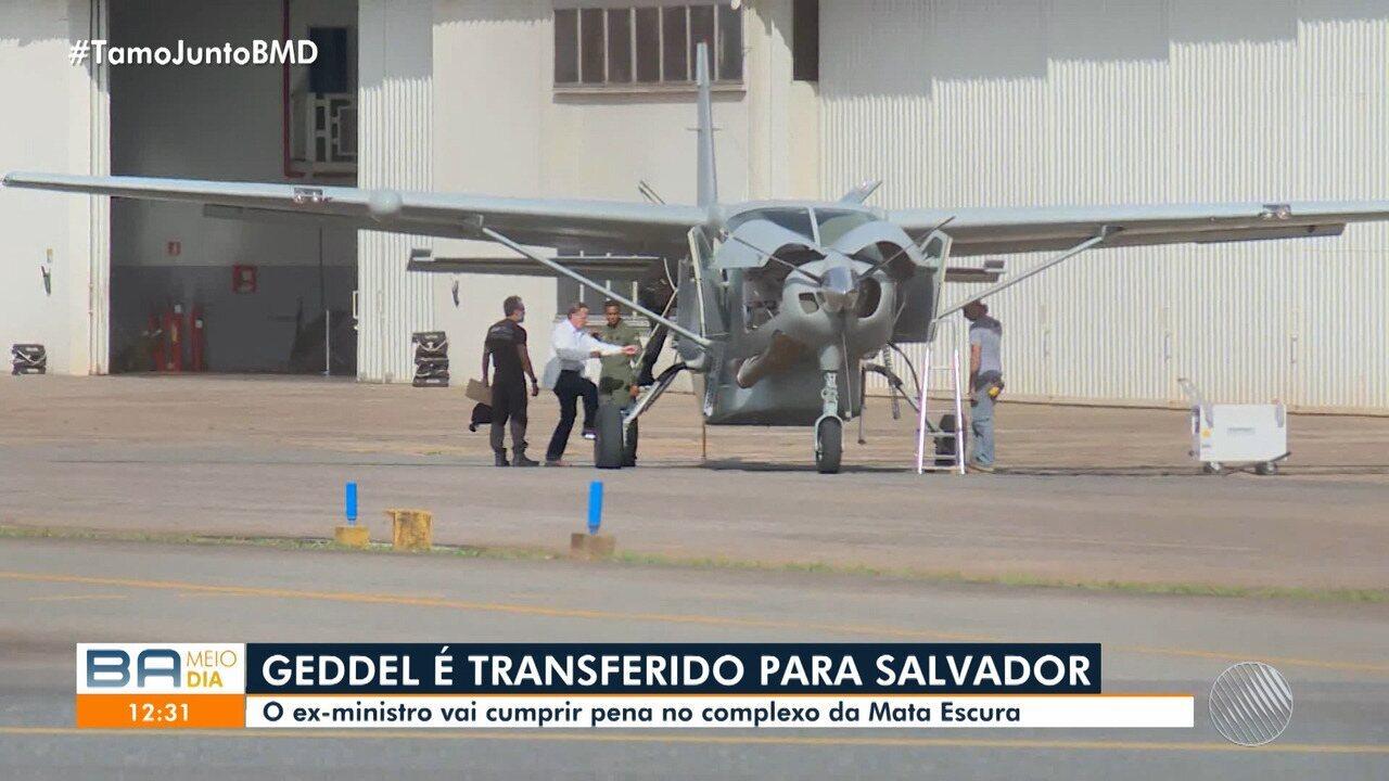 Veja o desembarque de Geddel Vieira Lima, que foi transferido de Brasília para Salvador