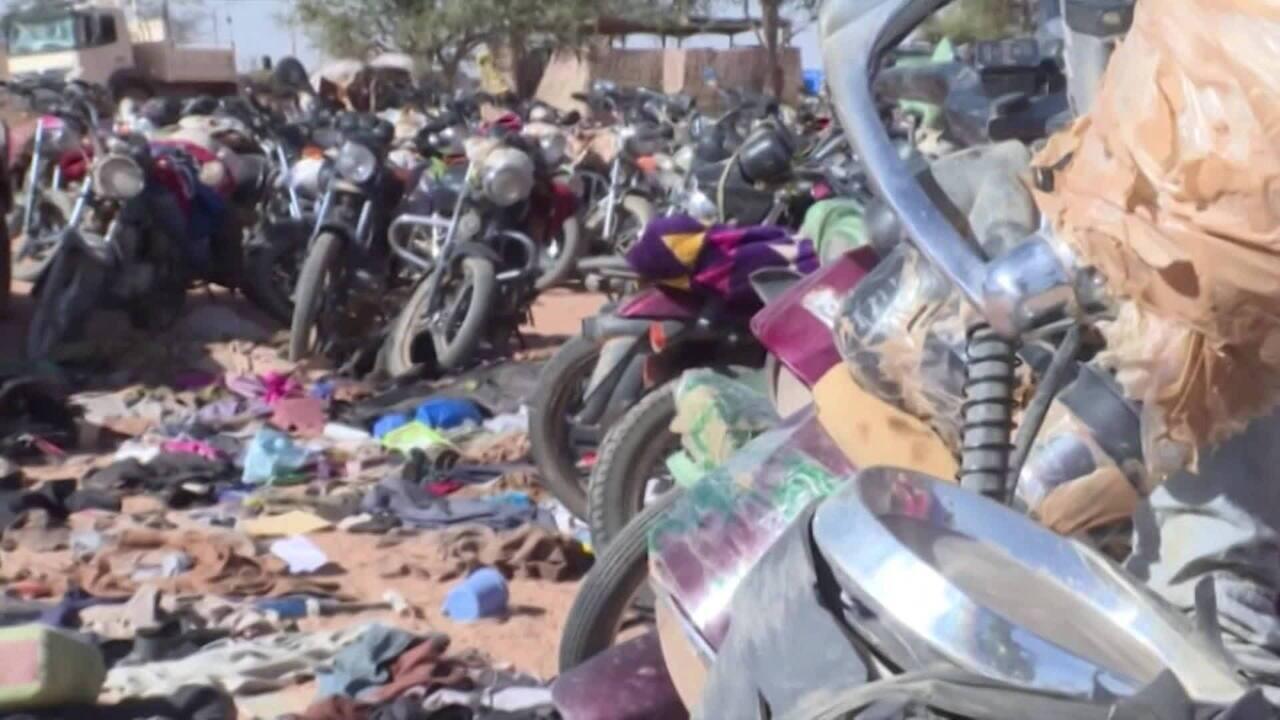 Ataque de extremistas em Burkina Faso deixa 35 mortos