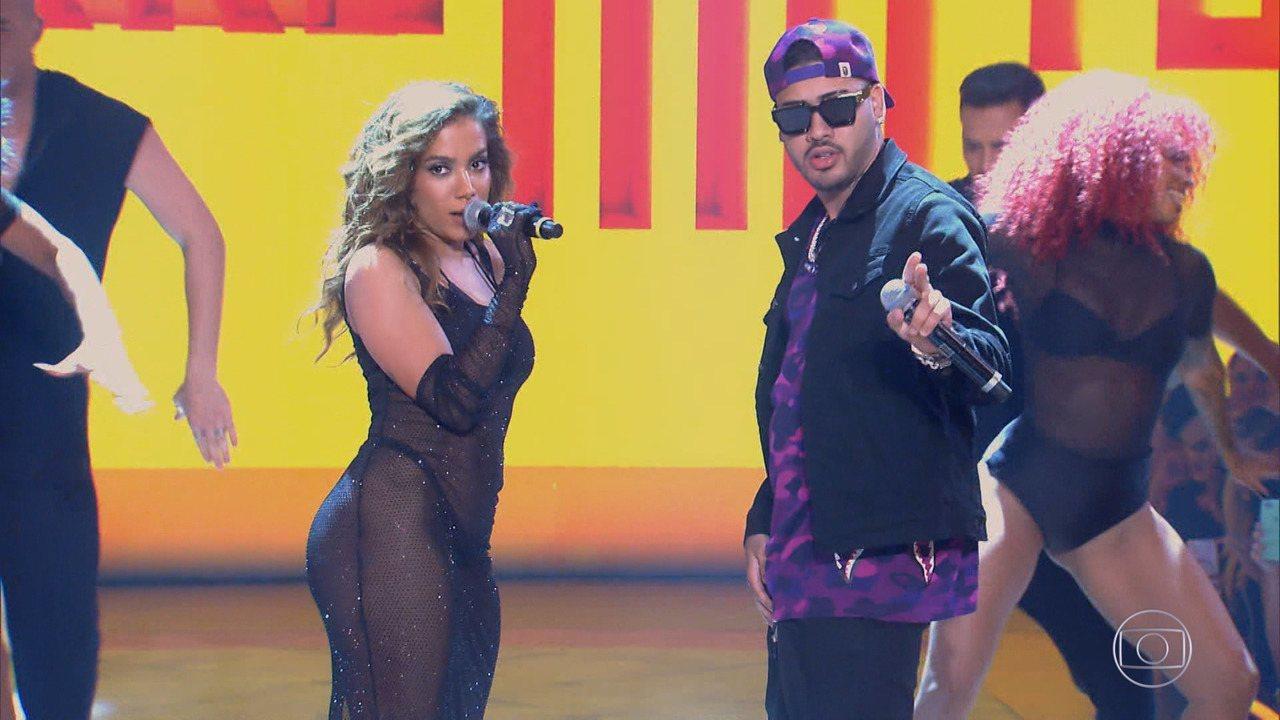 Caldeirão de Ouro: Top 03 - Anitta e Kevinho canta música Terremoto