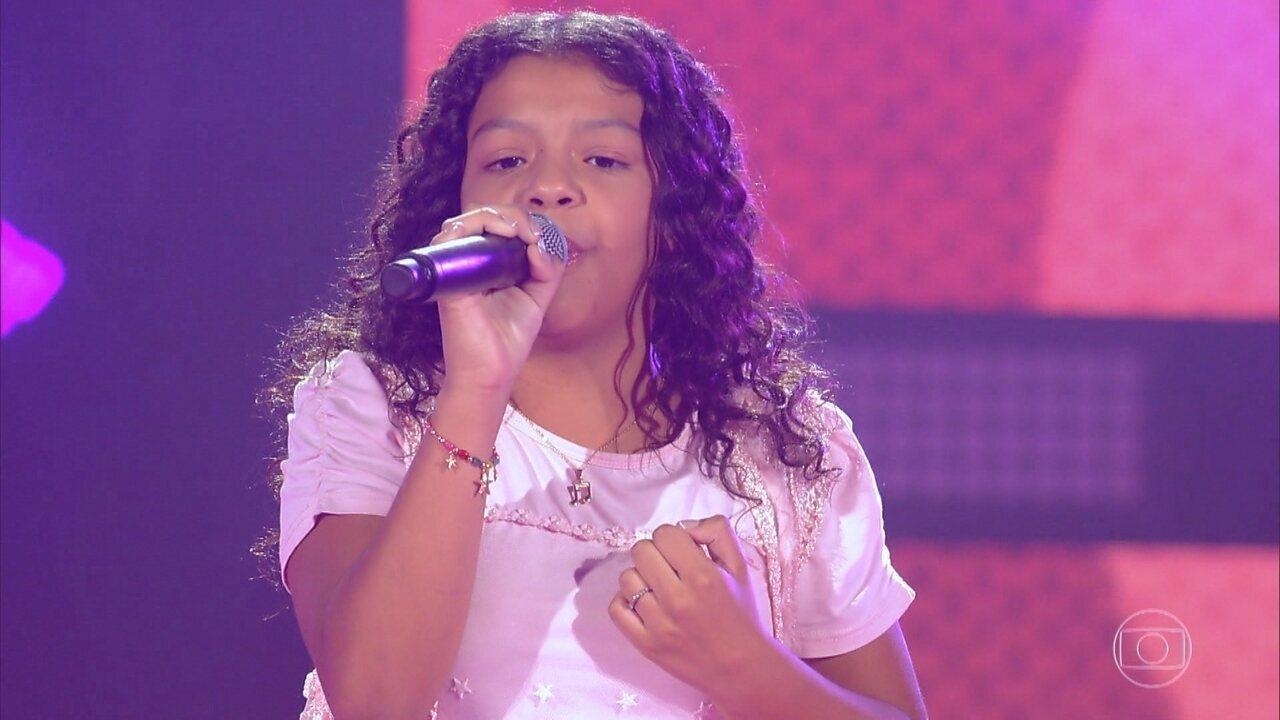 """Julia Gomes canta """"Sorte Grande"""""""