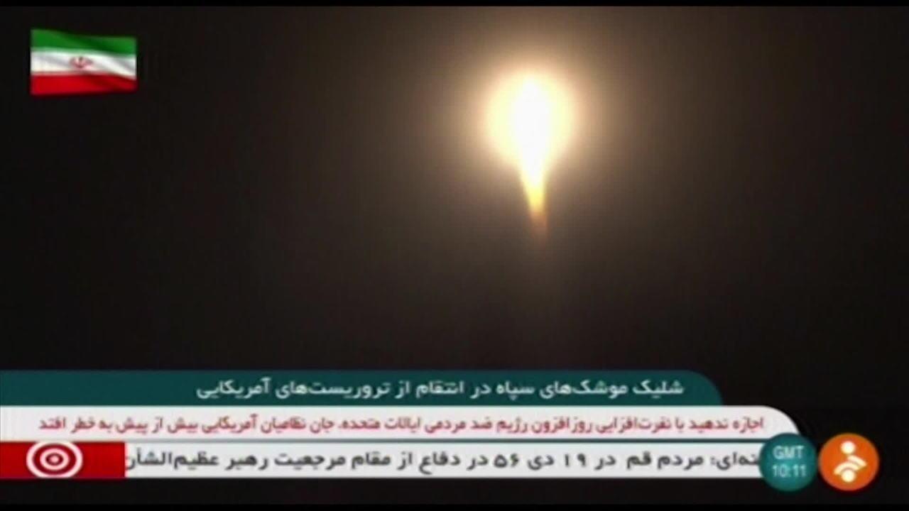 TV do Irã divulga imagens do lançamento de mísseis contra base dos EUA no Iraque