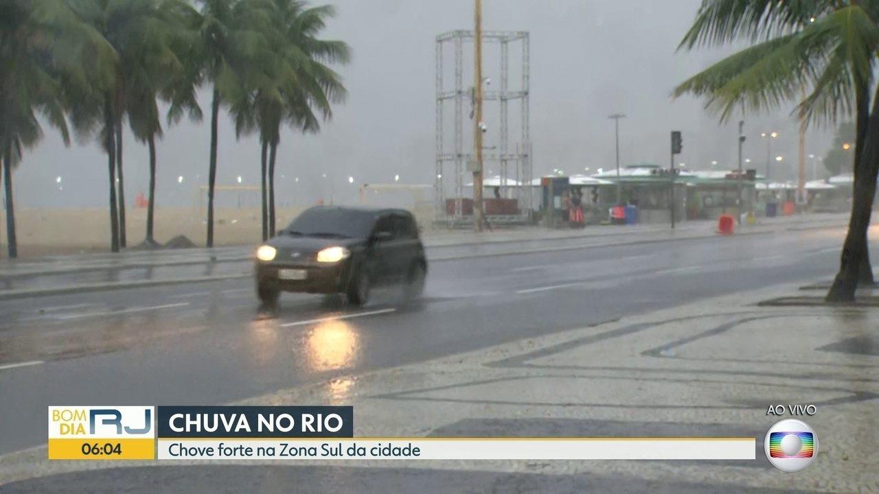 Chuva forte deixa o Rio em estágio de atenção