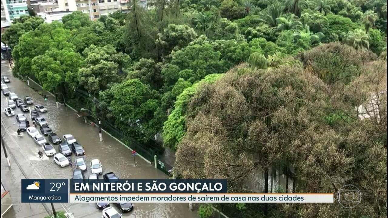 Ruas alagadas em Niterói, São Gonçalo e Itaboraí