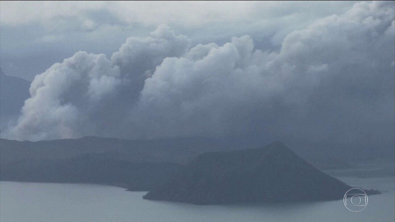 Vulcão nas Filipinas provoca mais de 200 tremores de terra