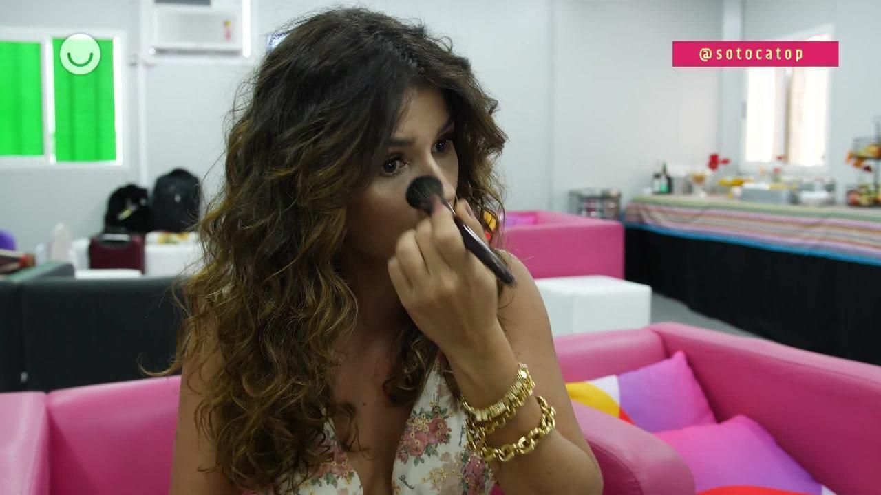 Paula Fernandes fala sobre maquiagem e cuidados com a pele