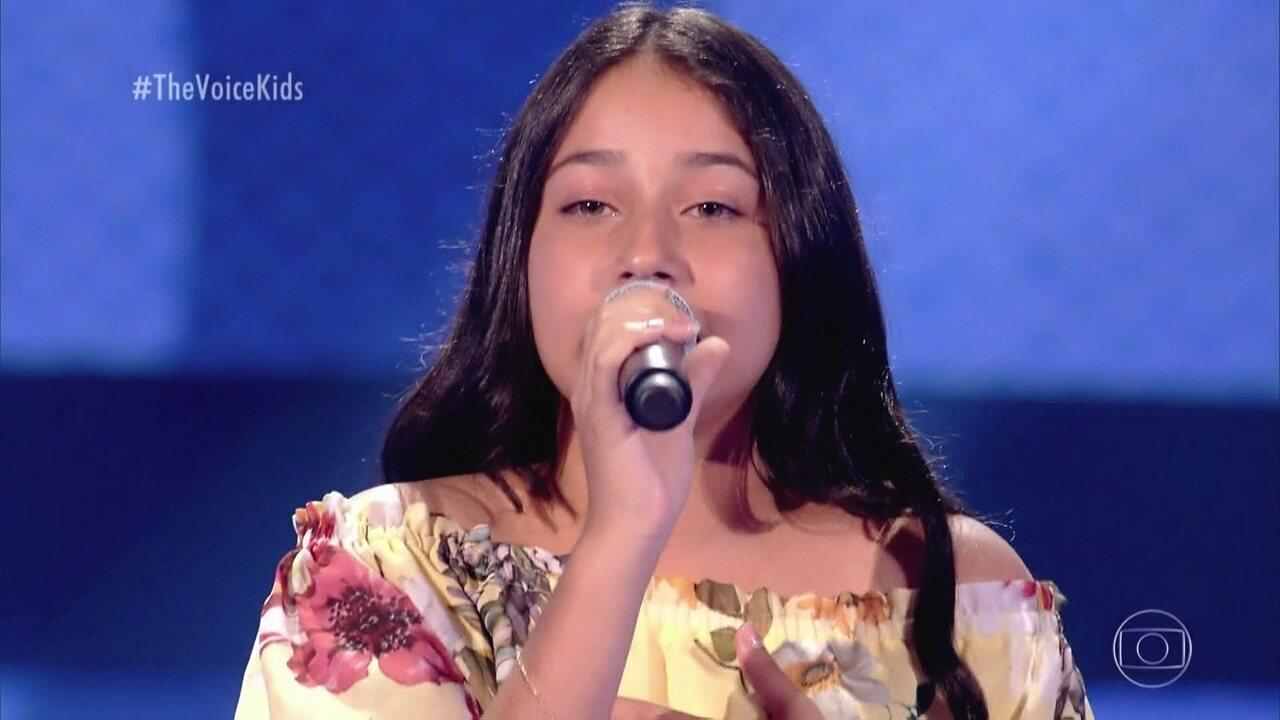 Marília Tavares canta 'Águas de Março' nas Audições às Cegas