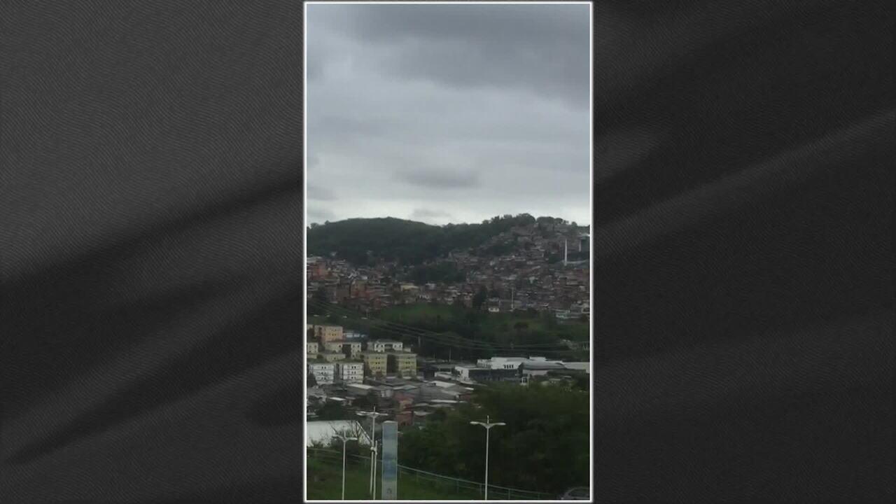 Criança é baleada durante tiroteio no Complexo do Alemão, no Rio