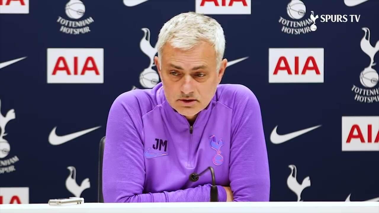 """Mourinho elogia fase de Lucas Moura e torce para que """"gasolina não acabe"""""""