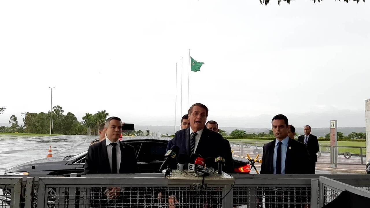 Bolsonaro informou que decreto para chamar militares da reserva ao INSS sairá nesta semana