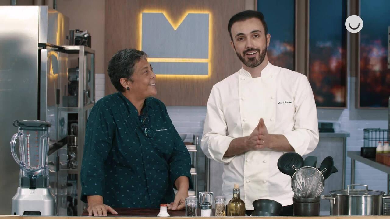 Kátia Barbosa e Leo Paixão ensinam a preparar bobó de camarão e angu de coco