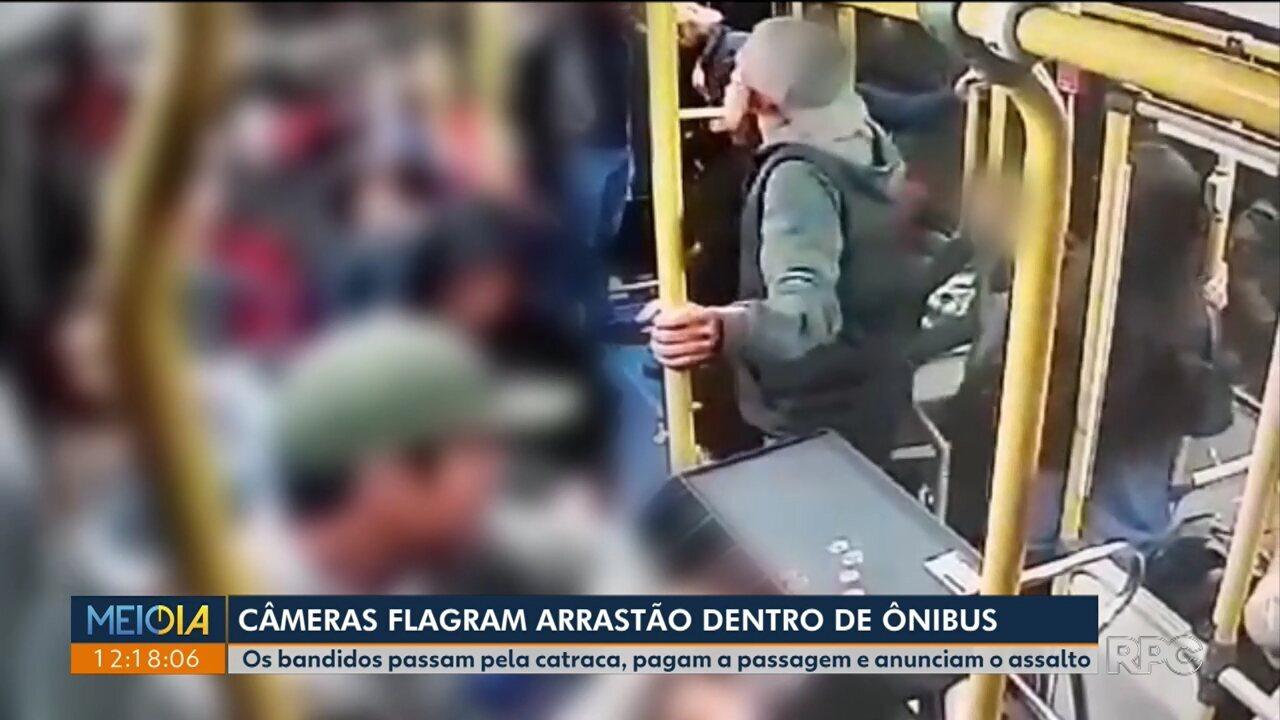 Câmeras de segurança registram arrastão em ônibus