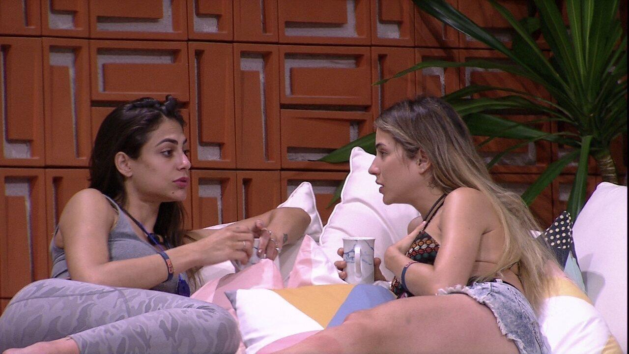 Gabi para Mari sobre briga entre Bianca e Rafa: 'Deve ser algum mal entendido'