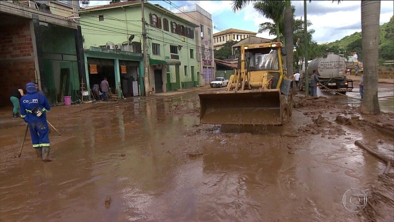 Sobe para 52 o número de mortos pelas chuvas em Minas Gerais