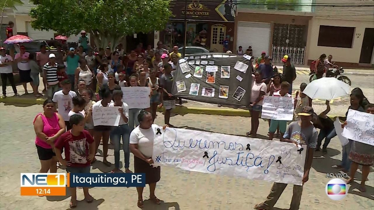Mulher é morta após ser queimada em casa e moradores de Itaquitinga fazem protesto