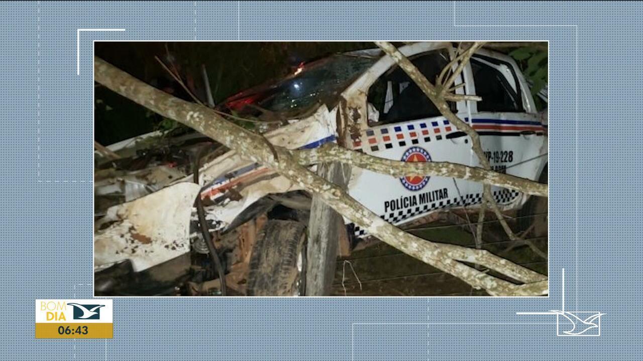 Policiais Militares ficam feridos em acidente com viatura na BR-222