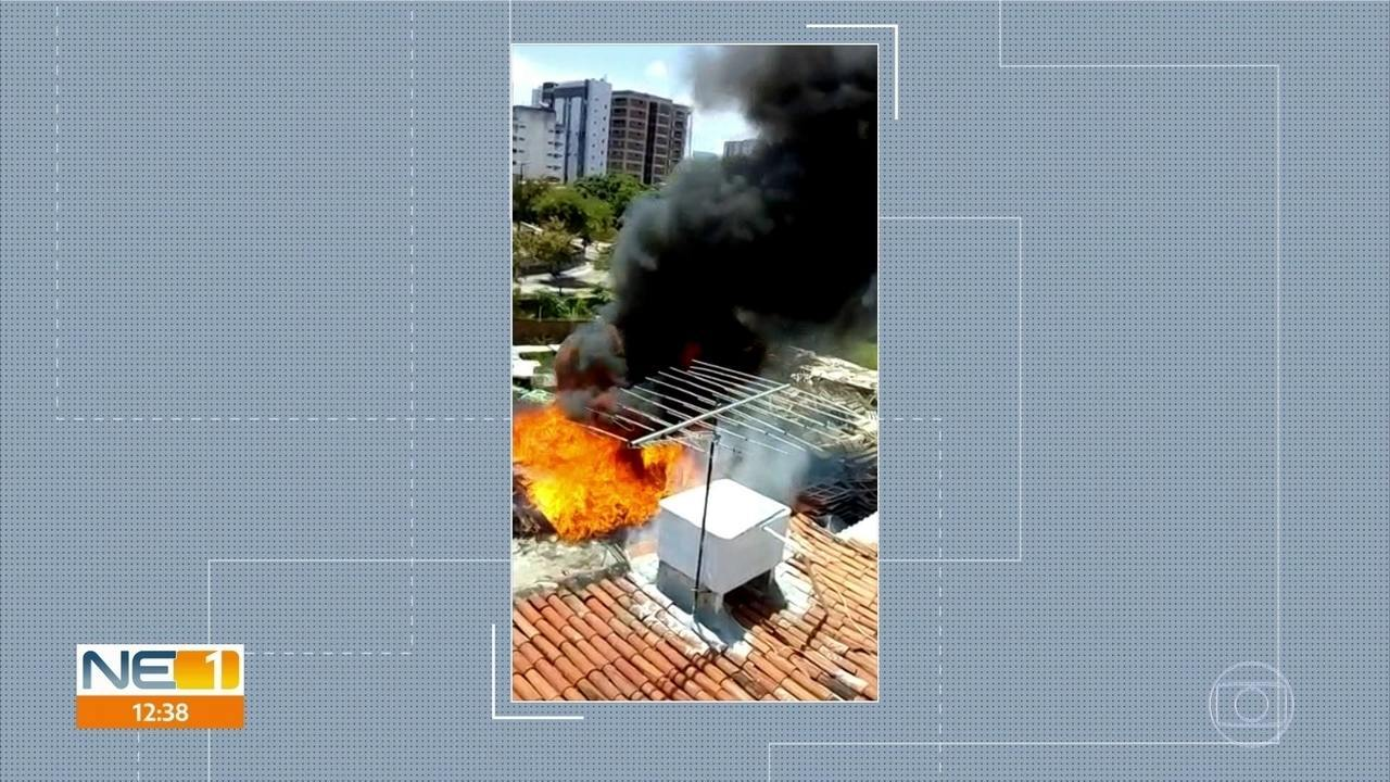 Incêndio assusta moradores de rua em Boa Viagem, na Zona Sul do Recife