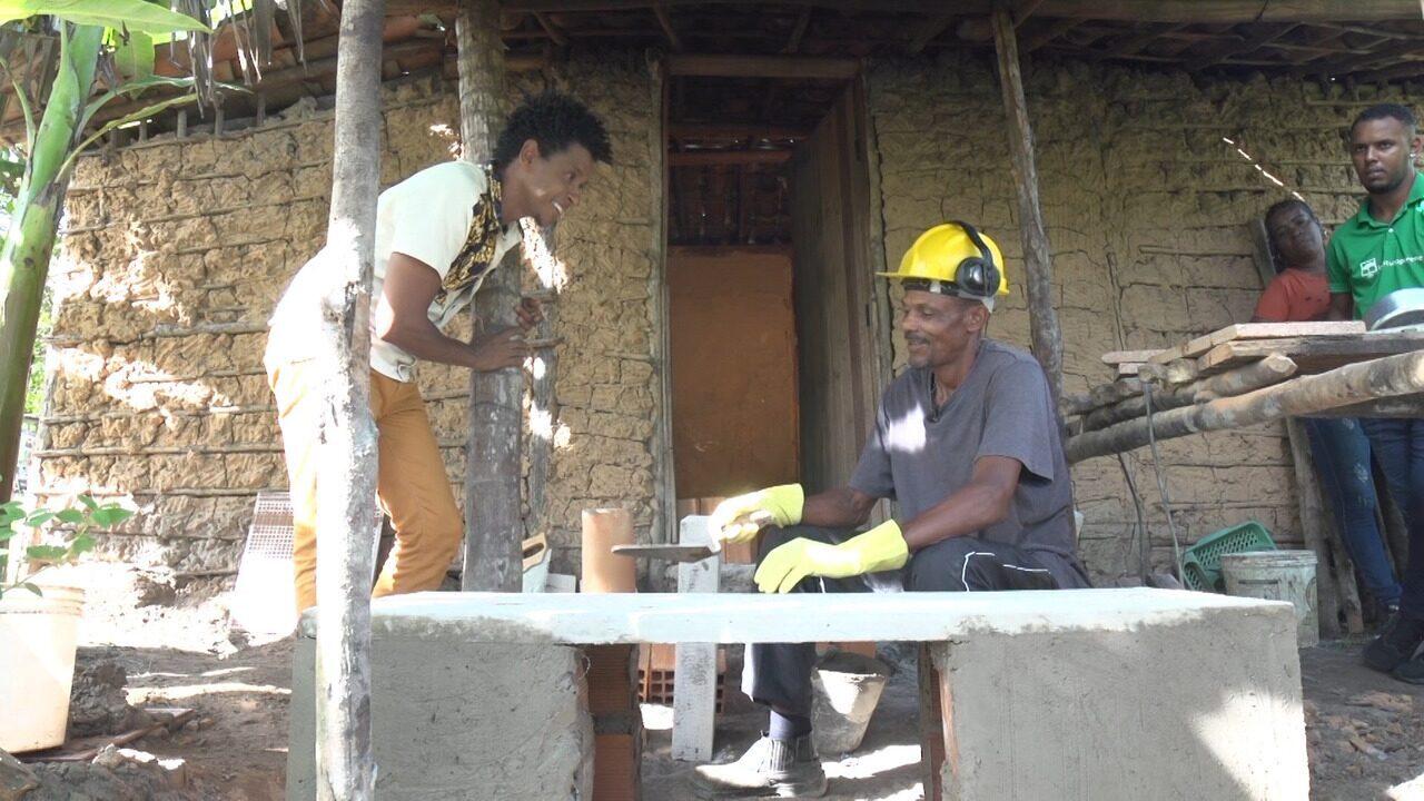 Em Nazaré, ação visa proteger recursos florestais através do fogão ecoeficiente