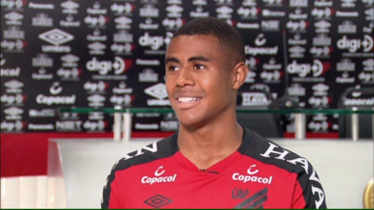 Após um ano de Athletico, Erick fala em gratidão e destaca três jogos especiais (Imagens: Jairton Conceição)