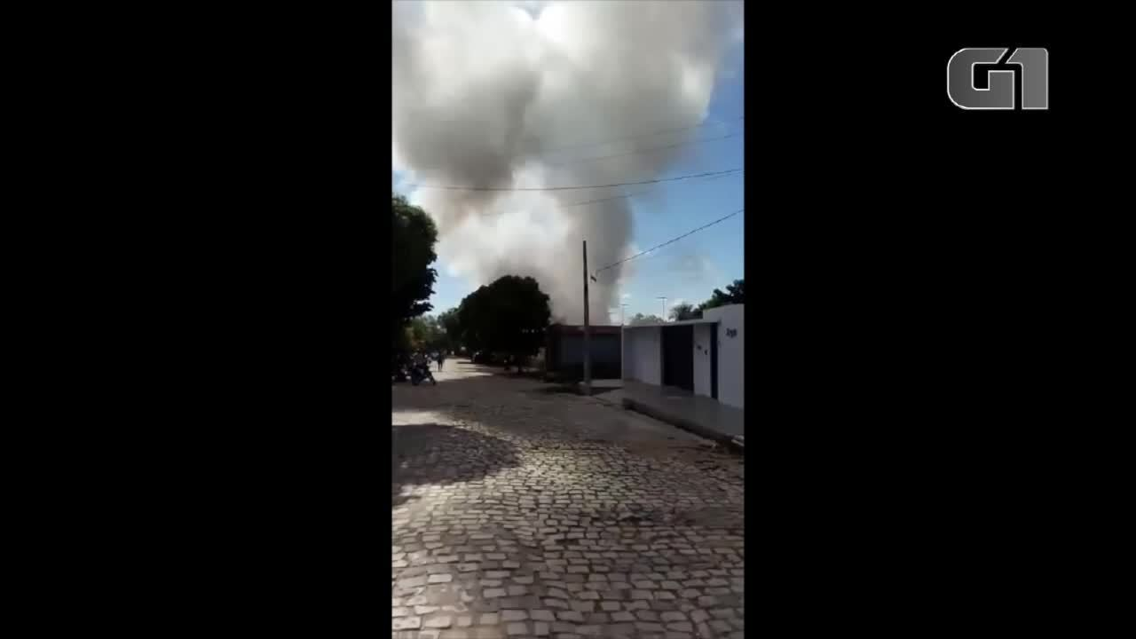 Incêndio atinge depósito em Apodi, RN