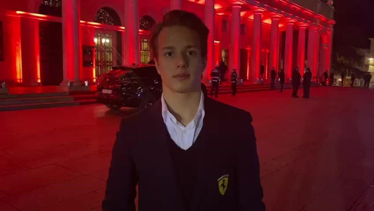 Piloto da Academia da Ferrari, Gianluca Petecof fala do clima do lançamento da SF1000