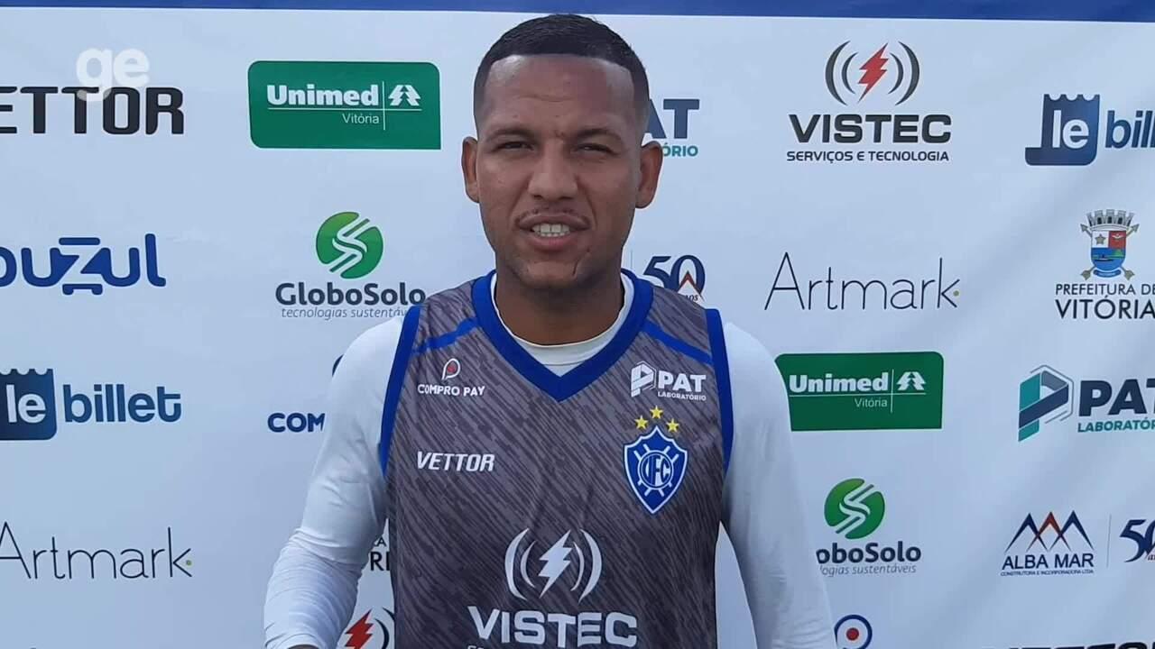 Carlos Vitor, hoje no Vitória-ES, relembra encontro com o Figueirense, em 2013