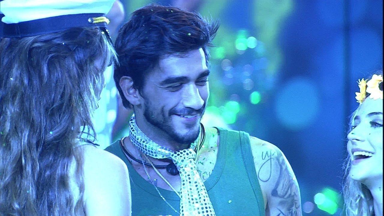 Rafa brinca que casa Guilherme e Gabi durante Festa Liga o Fresh
