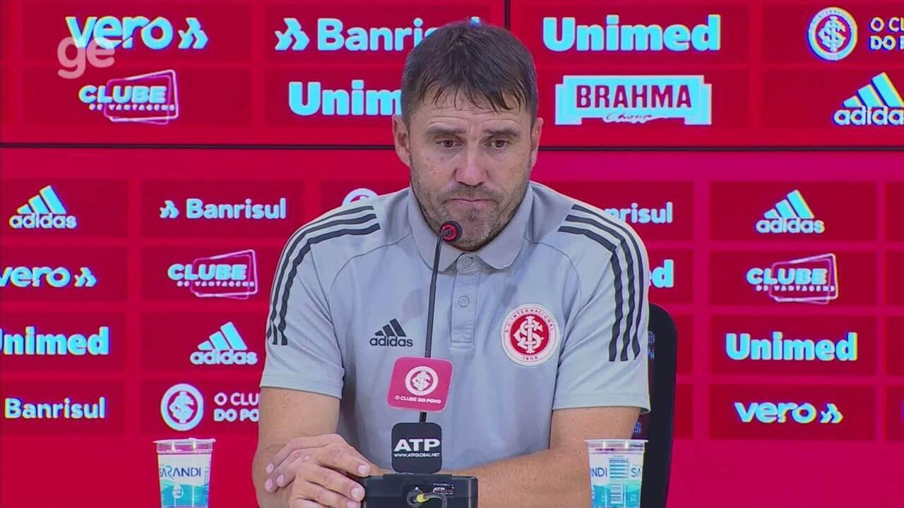 Confira a entrevista coletiva de Eduardo Coudet após derrota para o Grêmio