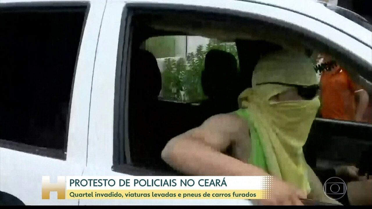 Grupos encapuzados atacam batalhões da PM no Ceará, levam viaturas e esvaziam pneus