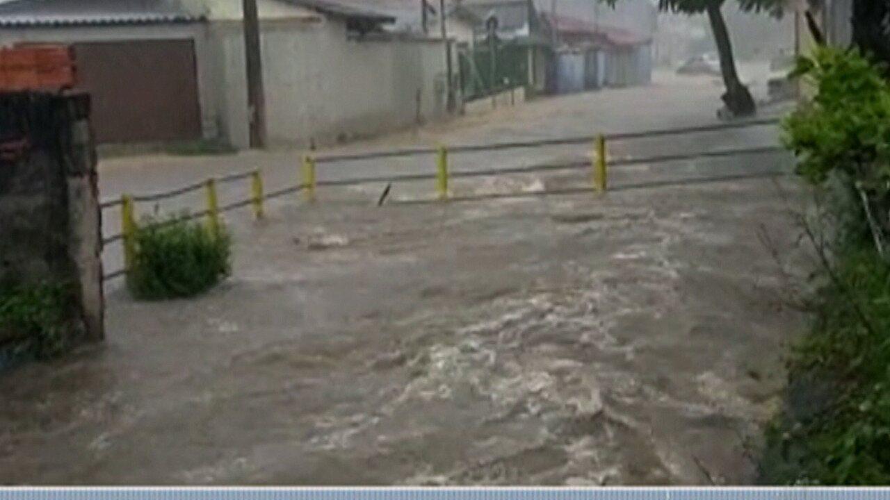 Mogi das Cruzes registra 64 milímetros de chuva em 15 minutos