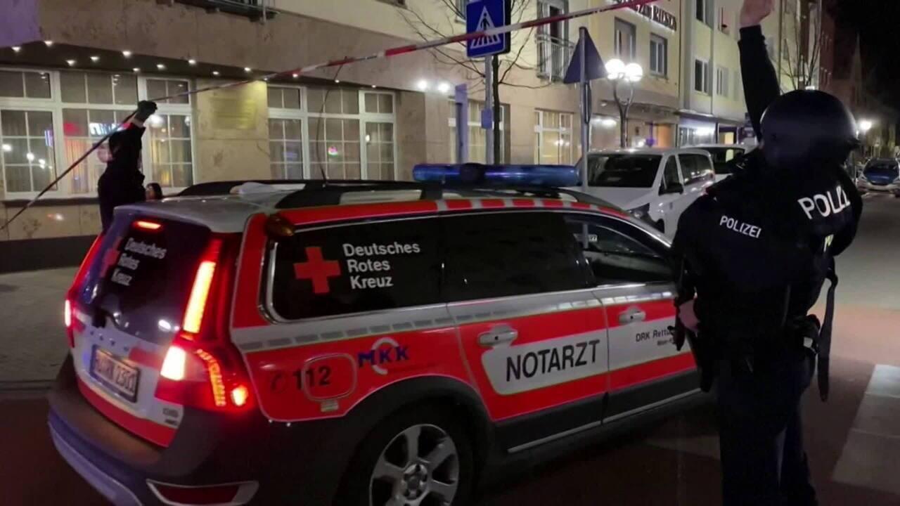 Tiroteios em bares deixam pelo menos oito mortos em Hanau, na Alemanha