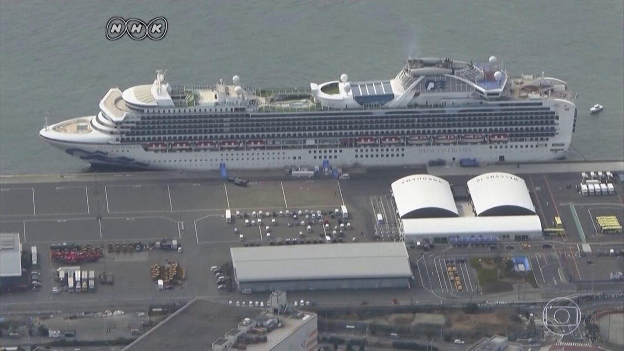 Morrem dois passageiros do navio de cruzeiro em quarentena no Japão