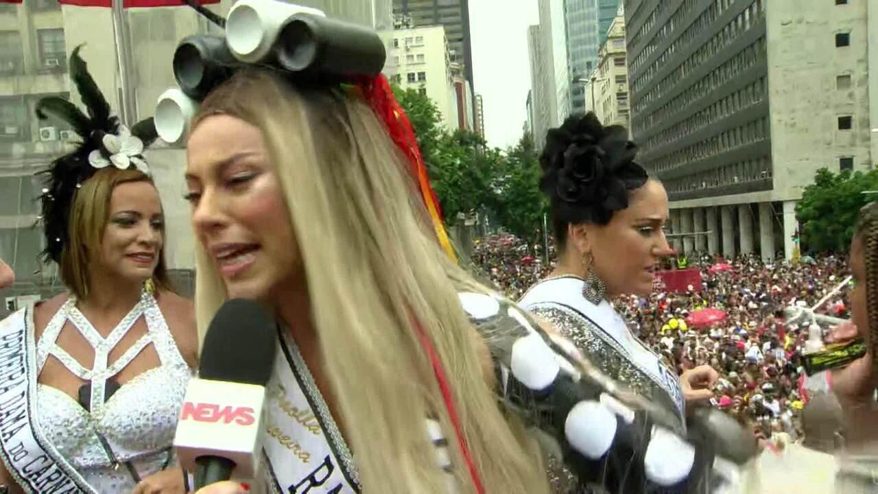 'Rainha' e 'Madrinha' do Cordão da Bola Preta comentam desfile do tradicional bloco