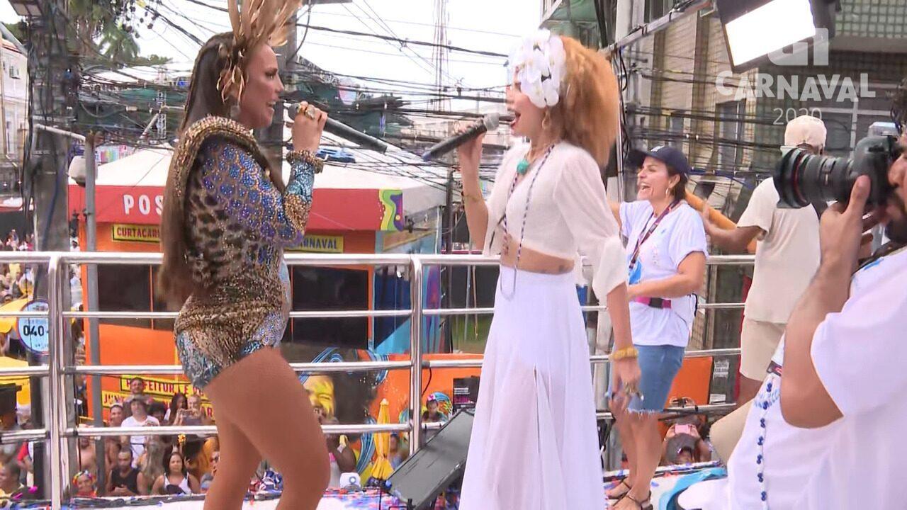 Ivete Sangalo com Vanessa da Mata em pipoca no Campo Grande