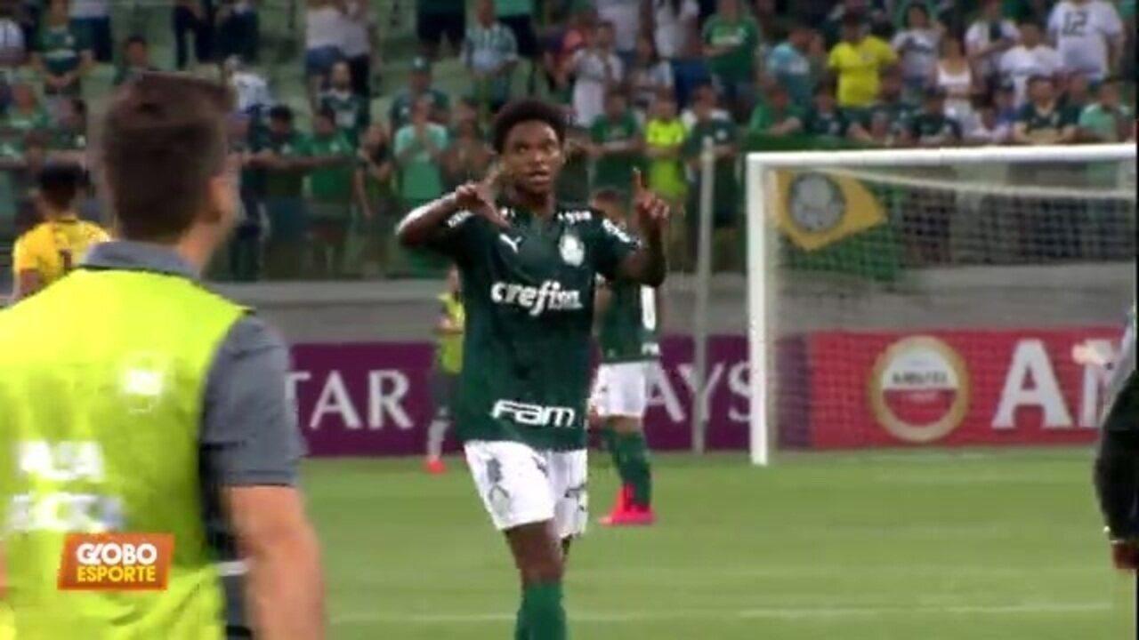 Luiz Adriano marca três vezes na vitória do Palmeiras na Libertadores