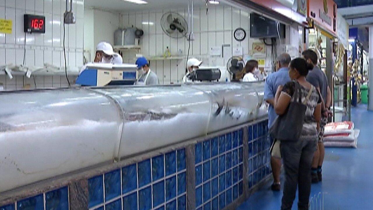 Quarentena do coronavírus impacta vendas de peixes durante quaresma