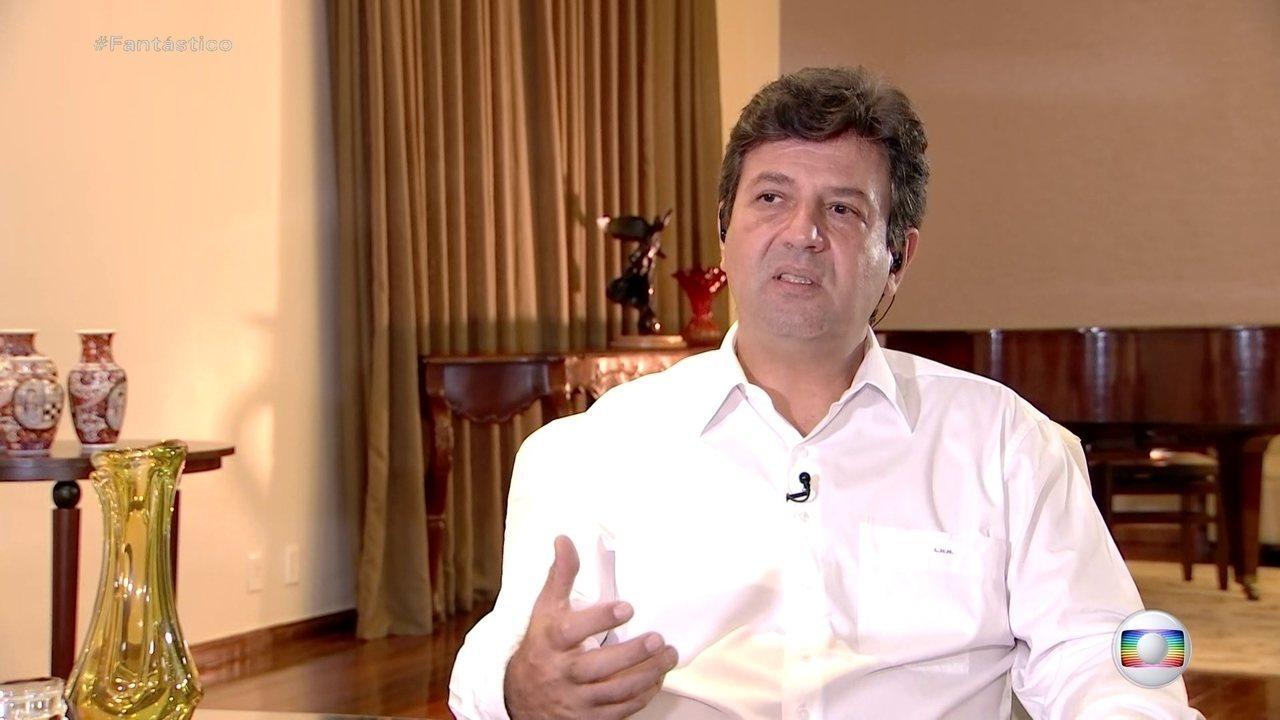Exclusivo: 'brasileiro não sabe se escuta o ministro ou o presidente', diz Mandetta