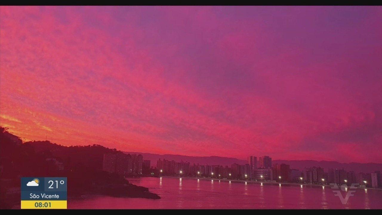 Pôr do sol colorido encanta moradores da Baixada Santista