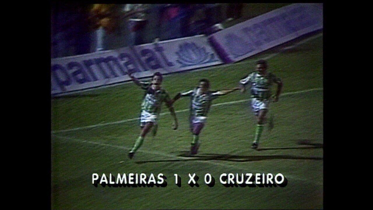 Em 1992, Palmeiras vence o Cruzeiro por 1 a 0 pelo Campeonato Brasileiro