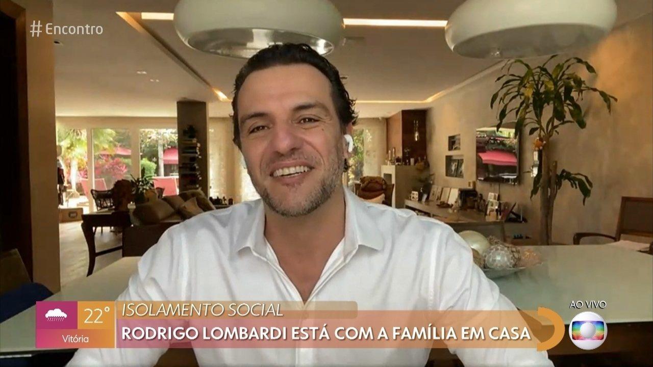 Rodrigo Lombardi está com a família em SP