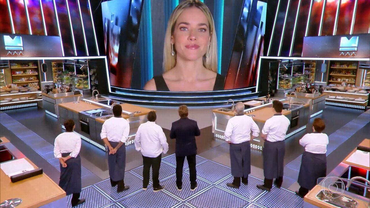 Claude anuncia que chefs farão 'picadinho' na semifinal