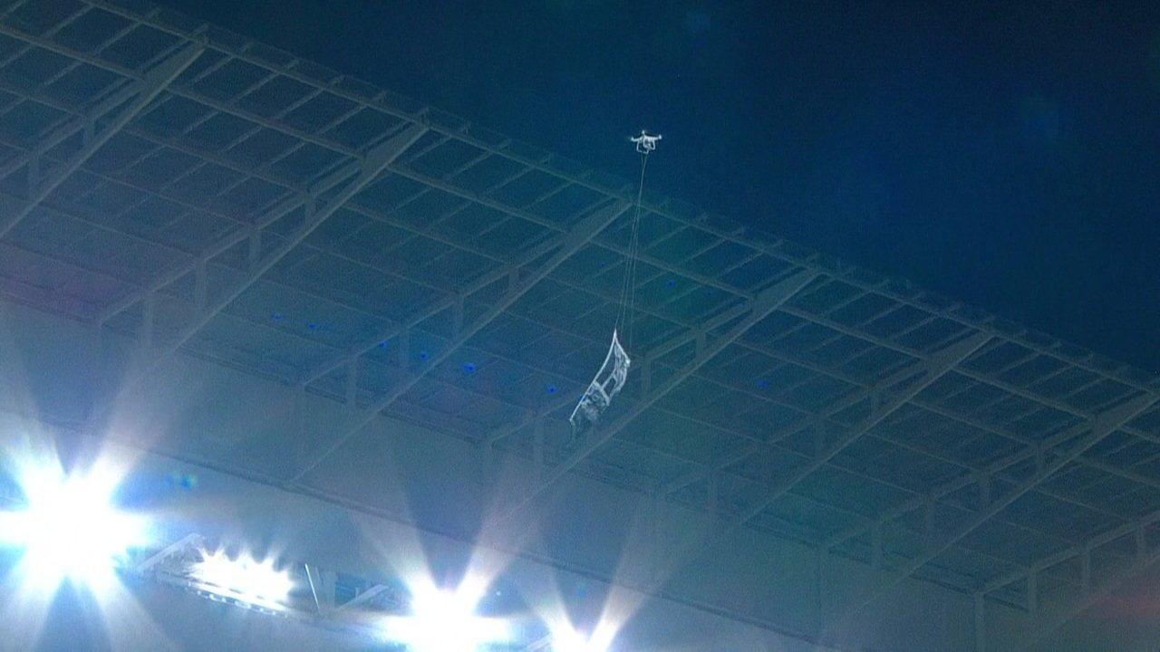 Drone invade a Arena do Corinthians no fim do jogo contra o Palmeiras