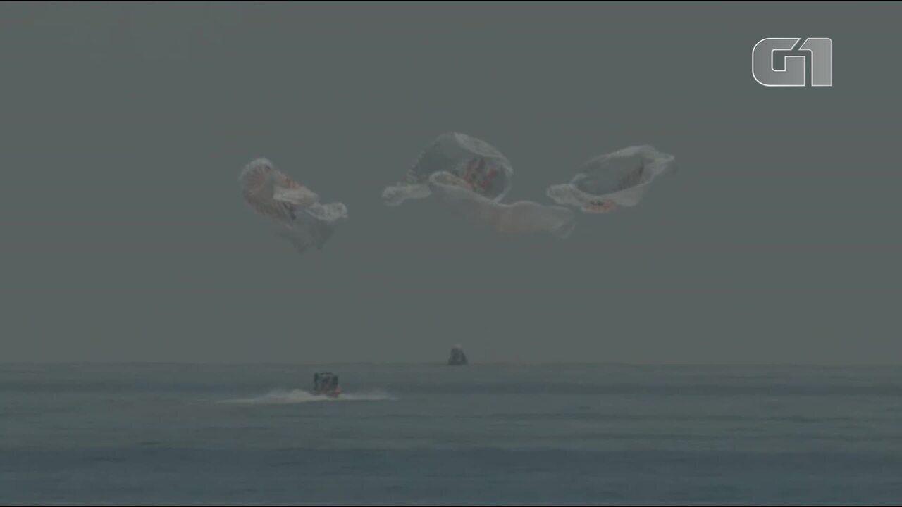 Astronautas da SpaceX retornam à Terra e pousam no mar