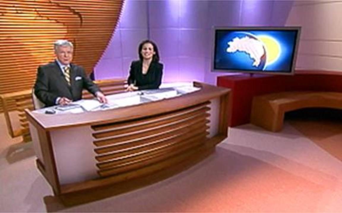 Linha do tempo: Renato Machado e Renata Vasconcellos estreiam cenário novo
